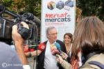 Comença Mercat de mercats. L'alcalde Xavier Trias i la tinent d'alcalde Sònia Recasens donen el toc de sortida