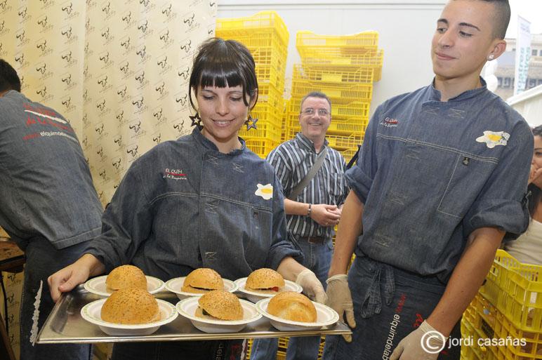 Més hamburgueses! Volaven